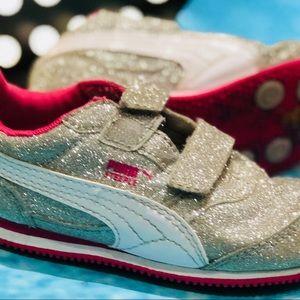 Girls Puma Glitter Sneakers